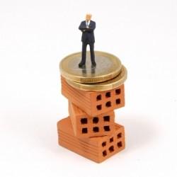 banci, case, credite[1]