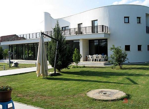 casa Gherbea ext 2
