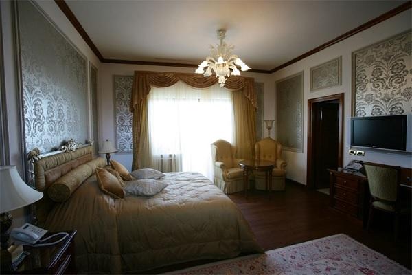 Palatul Suter 11