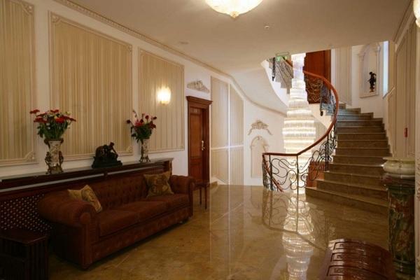 Palatul Suter 6