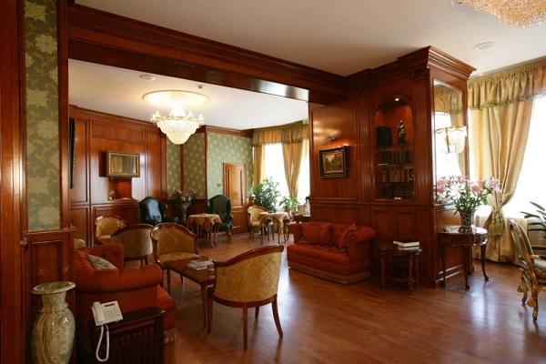 Palatul Suter 8
