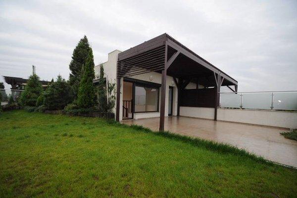 pthouse Herastrau gradina 1