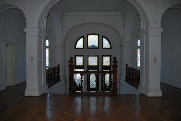 vila-Universitate-3