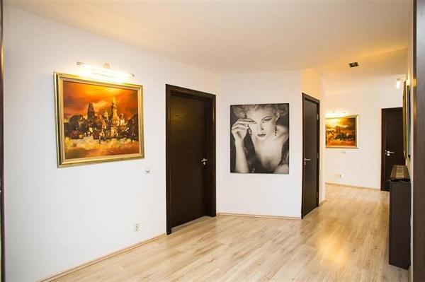 penthouse Vitan 10