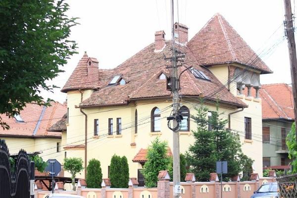 Sibiu vila brancoveneasca 1