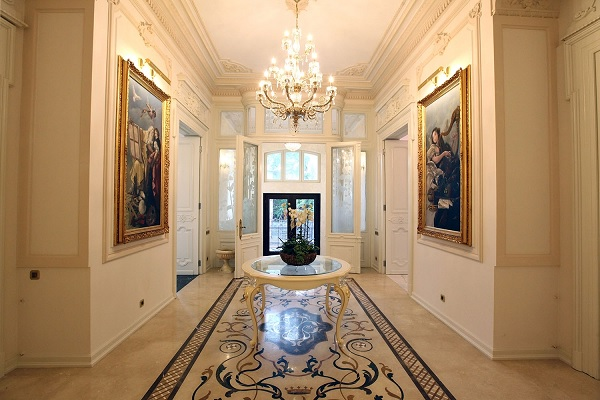 Palatul Noblesse holul central 2