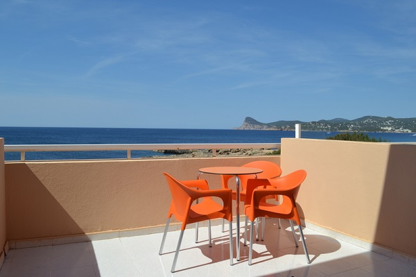 http://www.dreamstime.com/royalty-free-stock-photos-hotel-balcony-sea-view-table-chairs-image40902618