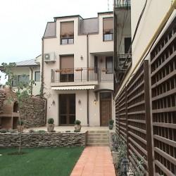 vila birouri Esop
