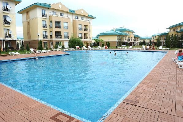 cosmopolis piscina 4