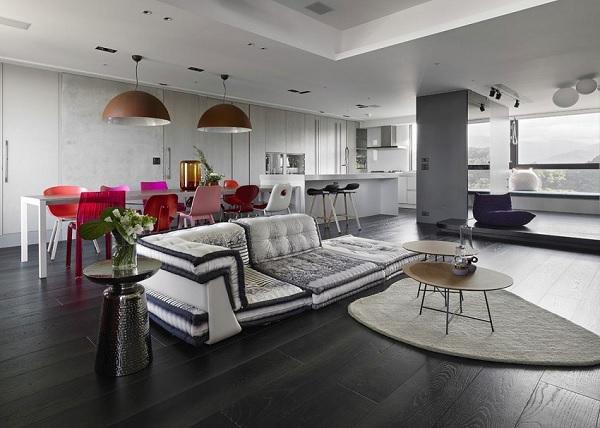 Color contrast apartment 1