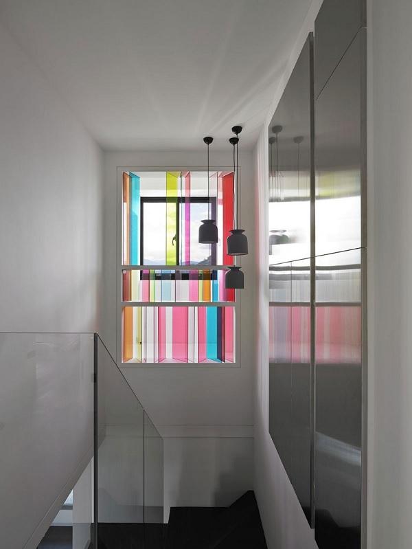 Color contrast apartment 11
