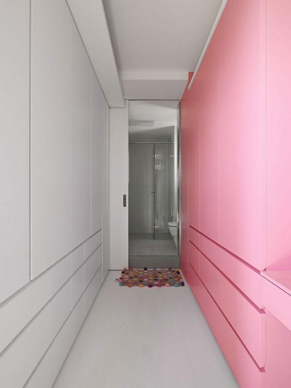 Color contrast apartment 14