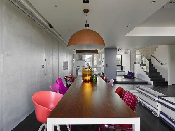 Color contrast apartment 6