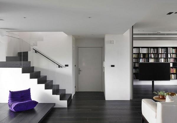 Color contrast apartment 8