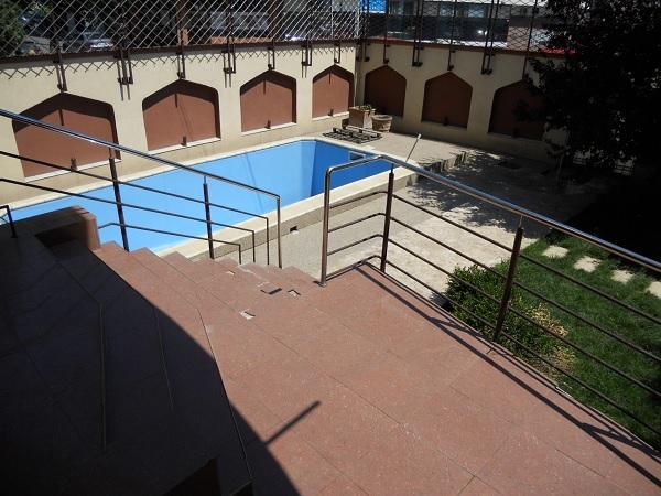 Bucuresti vila piscina III 2