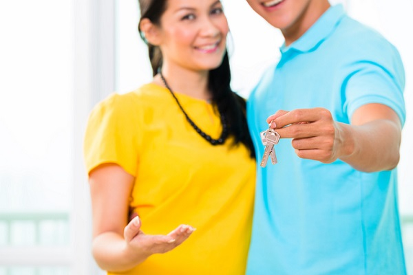 http://www.dreamstime.com/stock-photography-asian-man-giving-girlfriend-key-to-move-new-home-young-handsome-men-his-apartment-image37544772