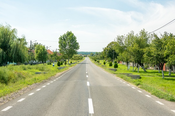 http://www.dreamstime.com/royalty-free-stock-photography-country-road-view-traditional-romanian-village-image48582527