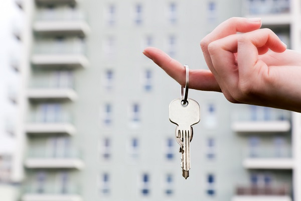 cheie apartament nou