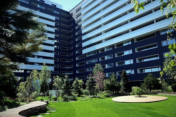 Cortina Residence 1