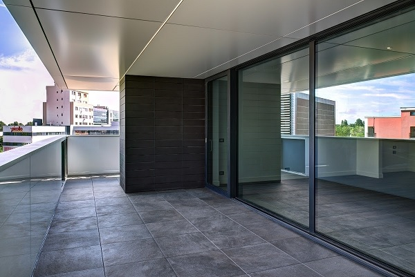 Cortina Residence 12