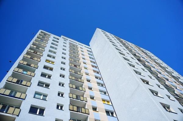 unde costa apartamentele vechi aproape cat cele noi - sau chiar mai mult