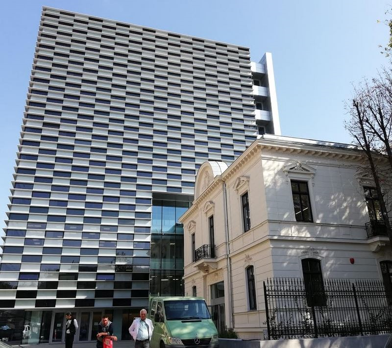 cladirile de tip boutique alternativa la colosii imobiliari pe office ca si pe rezidential