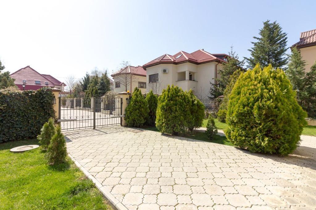 vila de lux jandarmeriei
