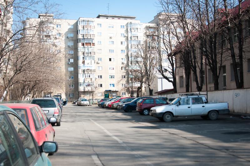 capcane imobiliare lipsa locurilor de parcare
