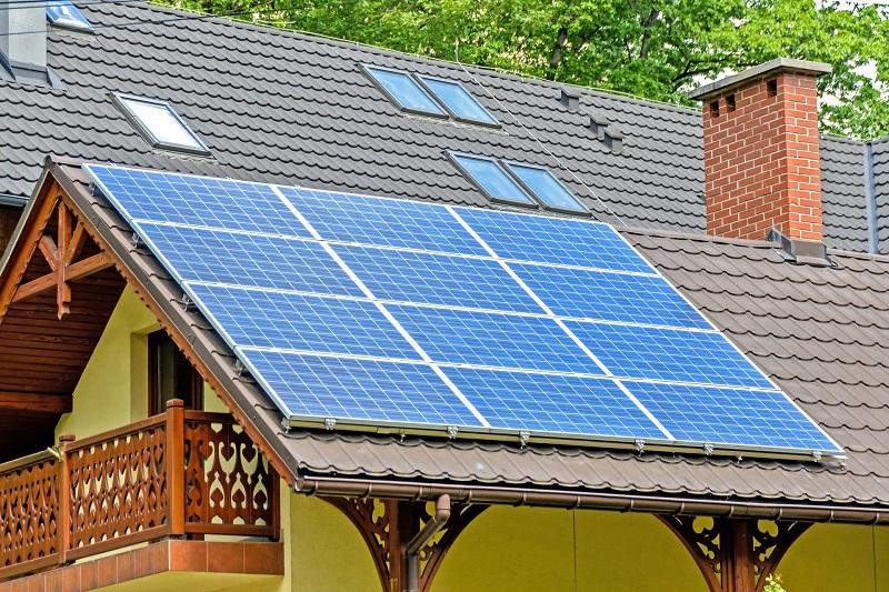 """Start pentru programul """"Casa eficientă energetic"""", destinat locuințelor unifamiliale. Vezi lista cheltuielilor care se pretează pentru o asemenea finanțare"""