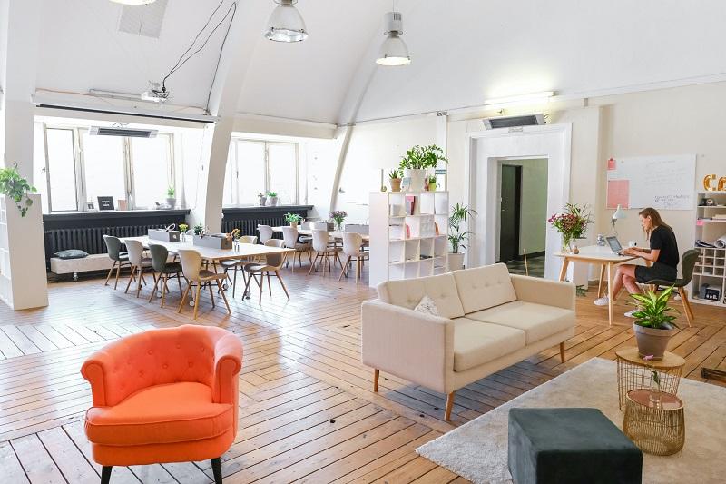 Cum să-ți alegi biroul potrivit pentru relaxare și lucru