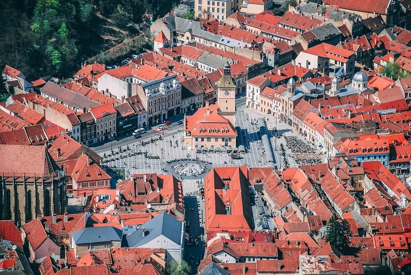 Piața rezidențială din Brașov și împrejurimi: tranzacții, prețuri de achiziție și livrări de locuințe